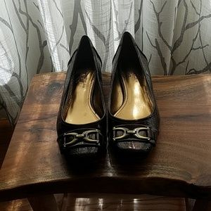 Brown patent flats with gold detail
